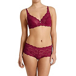 Triumph - Dark pink 'Amourette 300' wired bra