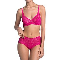 Triumph - Bright pink 'Amourette 300' lace keyhole bra