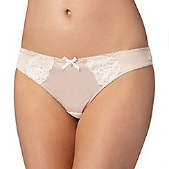 Ultimate - Natural lace detail thong