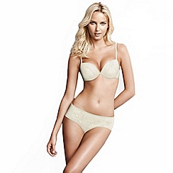 Wonderbra - Ivory 'Full Effects' lace bra