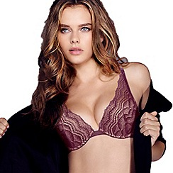 Wonderbra - Maroon 'My Pretty' push up bra