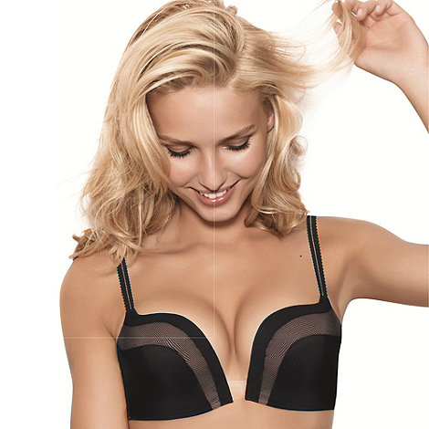 Wonderbra - Black Ultimate plunge bra