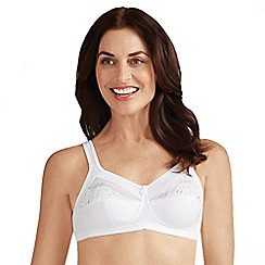 Amoena - White 'Isadora' non-wired non-padded mastectomy bra