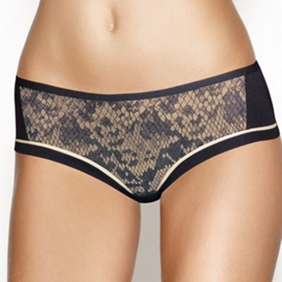 Black Ultimate Plunge Fancy shortie