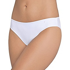 Triumph - White 'Body Make Up Essentials' tai brief