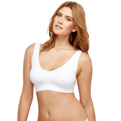 White seamless non wired shaper bra