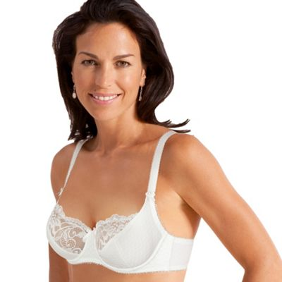 White underwired bra