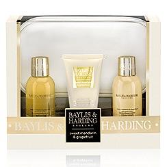 Baylis & Harding - Signature Collection - Sweet Mandarin & Grapefruit Cosmetic Bag & Product Set