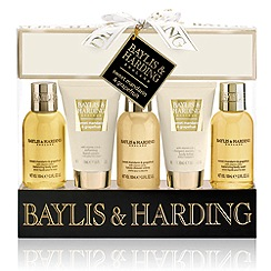 Baylis & Harding - Signature Collection - Sweet Mandarin & Grapefruit 5 Piece Gift Set