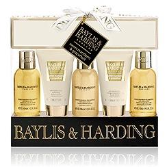 Baylis & Harding - Signature Collection - Sweet Mandarin & Grapefruit 5 Piece Gift Set