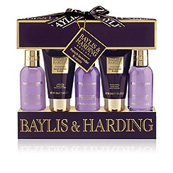 Baylis & Harding - Signature Collection - French Lavender & Cassis 5 Piece Gift Set