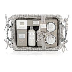 Baylis & Harding - La Maison Hamper Christmas Gift Set
