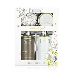 Baylis & Harding - Skin Spa Benefit Christmas Gift Set