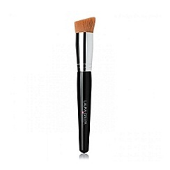 Laura Geller - Angled liquid foundation brush