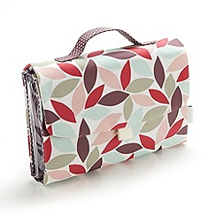 Victoria Green - Debenhams Exclusive: Leaf Print Threefold Hanging Bag