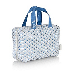 Victoria Green - Debenhams Exclusive: Whitehaven Print Traveller Bag