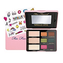 Too Faced - Limited Edition 'Totally Cute ' eye shadow palette
