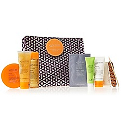 Sanctuary - Ultimate Girls Night In Gift Set