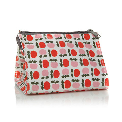 Debenhams - Apples Ultimate Washbag
