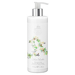 Woods of Windsor - Cedar Woods Moisturising Hand & Body Lotion 350ml