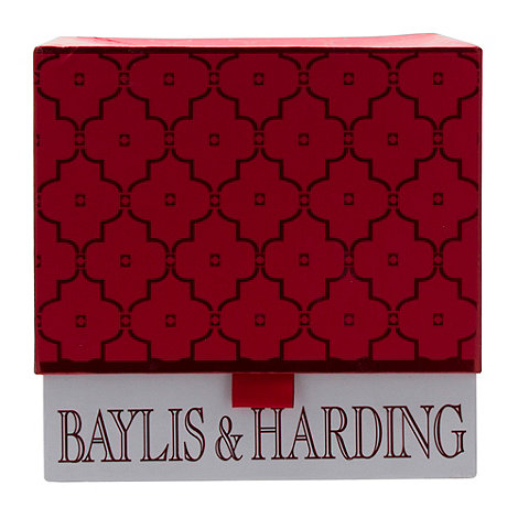 Baylis & Harding - Frosted Cranberry Large Box Gift Set