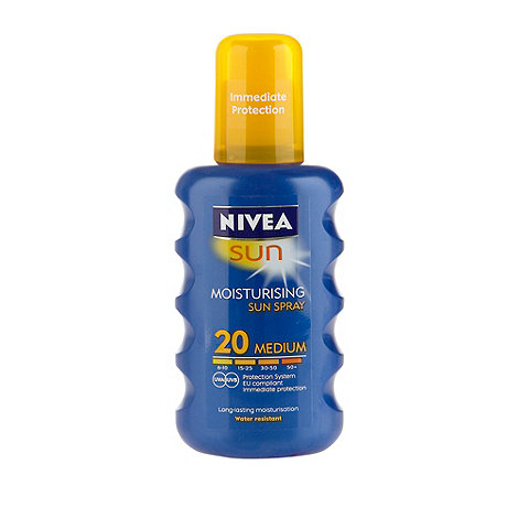 Nivea - +Sun+ moisturising SPF 20 sun spray 200ml