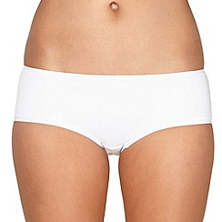 Debenhams - White invisible shorts
