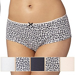 Debenhams - Pack of five pale pink animal print shorts