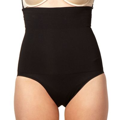 Black focused firmers high-waist panty