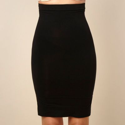 Black focused firmers high-waist half slip