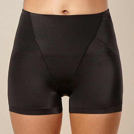 Assets Red Hot Label by Spanx - Black silhouette serums butt-boosting girl short