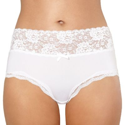 White lace full briefs