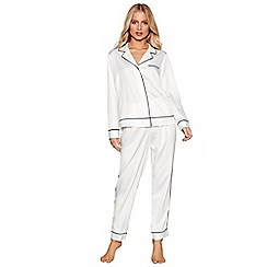 Nine by Savannah Miller - Cream textured satin pyjama set