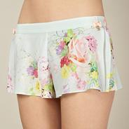 Light green botanical crepe pyjama shorts