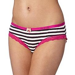 Iris & Edie - Navy striped shorts