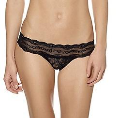 b.tempt'd - Black 'Kiss' lace bikini briefs