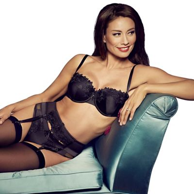 Adore Moi by Ultimo Black ´Garland´ balcony bra - . -