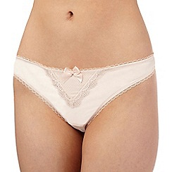 Reger by Janet Reger - Cream scalloped lace trim thong