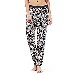 Nine by Savannah Miller - Grey snakeskin print pyjama bottoms
