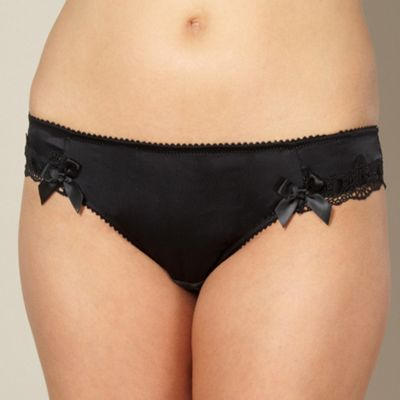 Black scalloped lace brazilian briefs