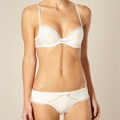 Ivory padded push-up bra
