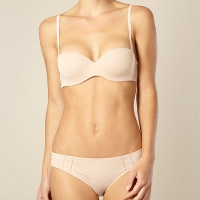 Natural padded strapless bra