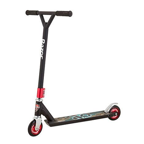 Razor - Black Label 4.0 Stunt Scooter