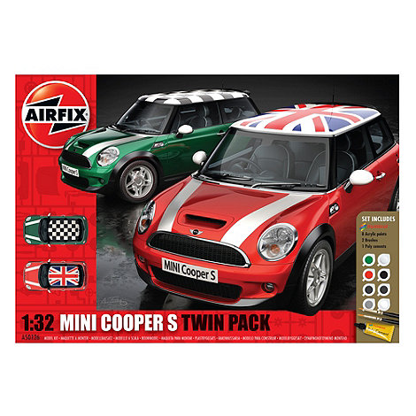 Airfix - BMW Mini 1:32 Scale Racing Cars Twin Pack Model Kit