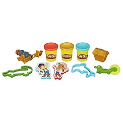 Play-Doh - Treasure Creations Set Featuring Jake and the Never Land Pirates