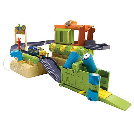 Tomy - Diecast Chuggington Repair Shed Playset with Brewster