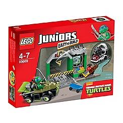 LEGO - Juniors Turtle Lair - 10669