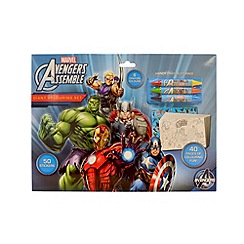 The Avengers - Giant Colouring Set