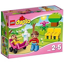 LEGO - Duplo Town Mom and Baby - 10585