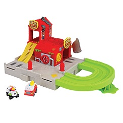 The Trash Pack - The Trash Pack Wheels Blazing Fire Station Playset